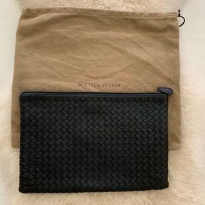Bottega Veneta clutch bag 🖤